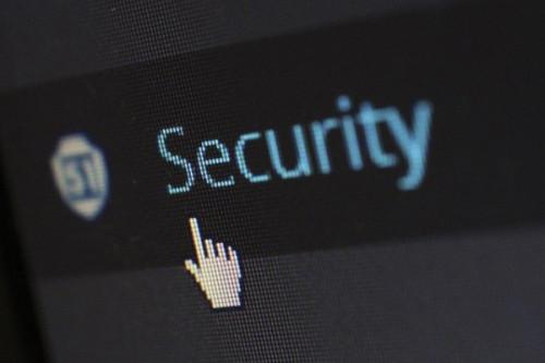 Mit den Webinaren des Mittelstand 4.0-Kompetenzzentrums lernen Sie, was Ihre IT sicher macht.